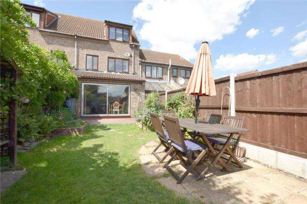 4 Bedrooms Town House for sale in Buttercup Walk, Witham, Essex