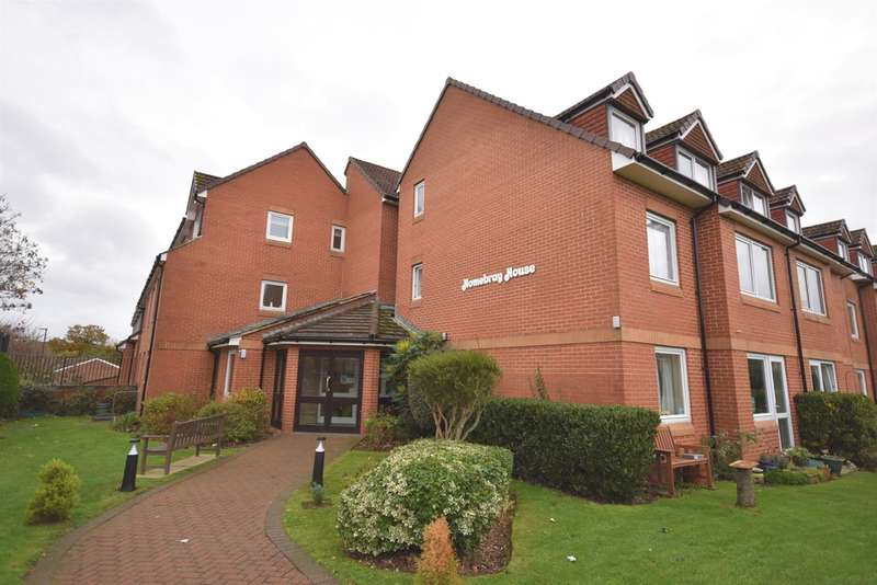 2 Bedrooms Ground Flat for sale in Mary Rose Avenue, Wootton