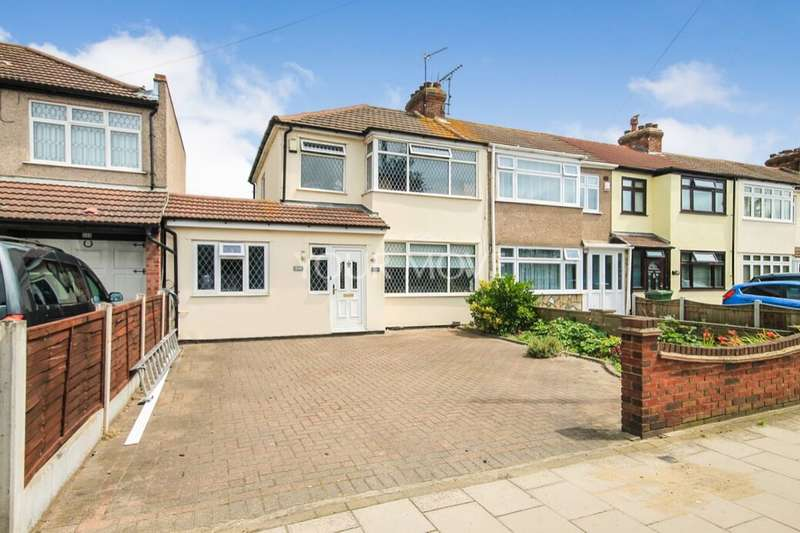 4 Bedrooms Semi Detached House for sale in Upper Rainham Road, Hornchurch, RM12
