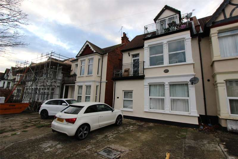 1 Bedroom Flat for sale in Grosvenor Road, Westcliff-on-Sea, SS0