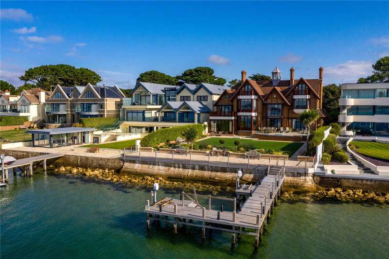 5 Bedrooms Property for sale in 122 Panorama Road, Sandbanks, Poole, BH13