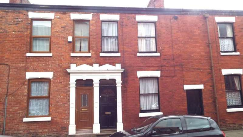 3 Bedrooms Terraced House for rent in Lovat Road, Preston