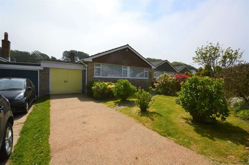 3 Bedrooms Detached Bungalow for rent in Verlands Close, Niton