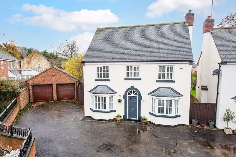 5 Bedrooms Property for sale in Glover Court, Middleton
