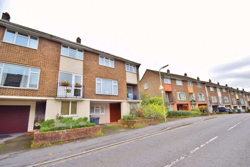 6 Bedrooms Terraced House for rent in Winchester City Centre