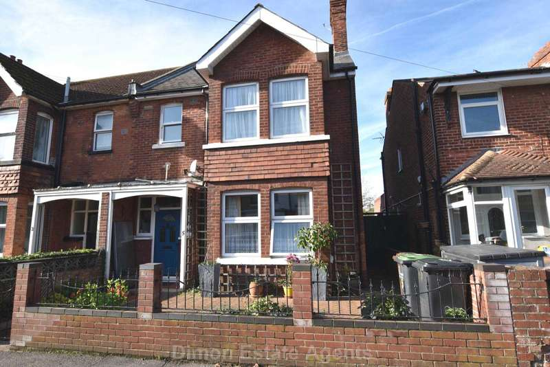 4 Bedrooms Semi Detached House for sale in St Andrews Road, Gosport