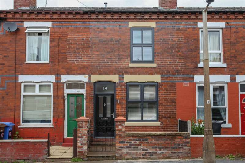 2 Bedrooms Terraced House for rent in Farmer Street, Heaton Norris, Stockport, SK4