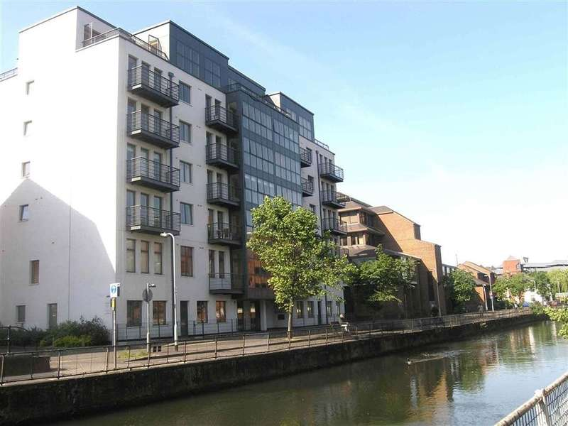 2 Bedrooms Apartment Flat for rent in Queens Wharf, Queen's Road, Reading, RG1