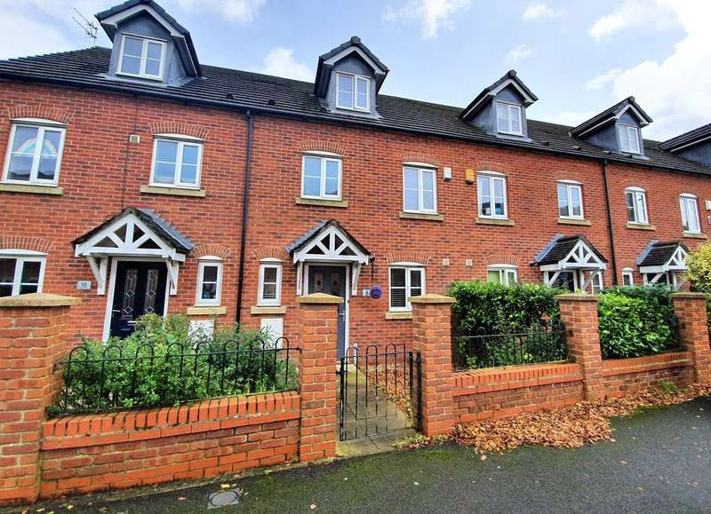 3 Bedrooms Terraced House for sale in Gadfield Grove, Atherton, Manchester, M46