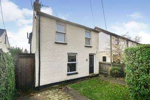 3 Bedrooms Detached House for sale in Station Road, Martin Mill, Dover, Kent