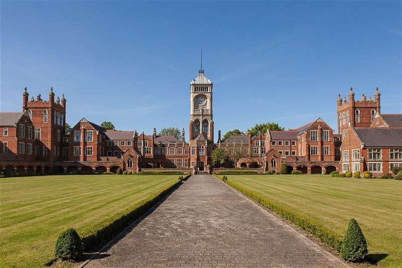 1 Bedroom Flat for rent in Royal Connaught Park, Bushey, Hertfordshire
