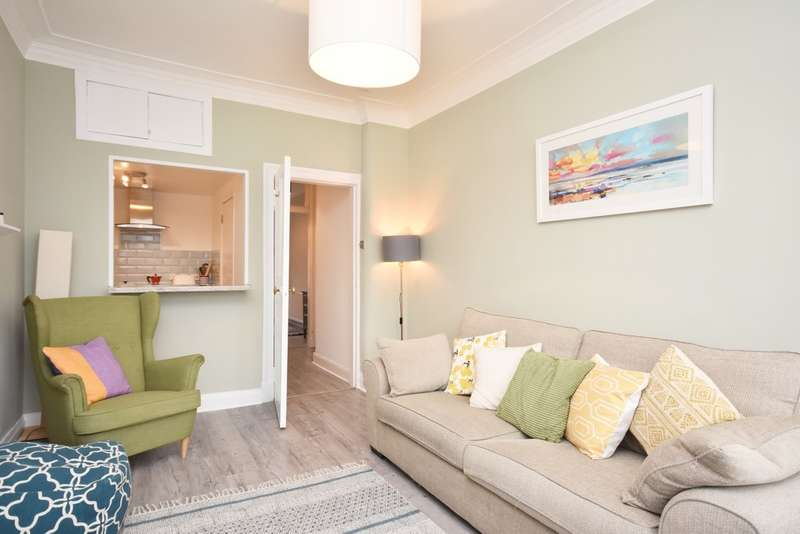 1 Bedroom Flat for sale in 35 Exeter Drive, Partick