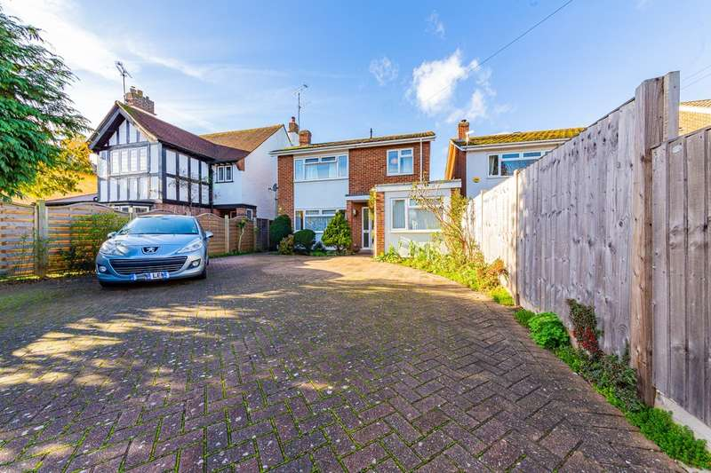 4 Bedrooms Detached House for sale in Maltese Road, Chelmsford