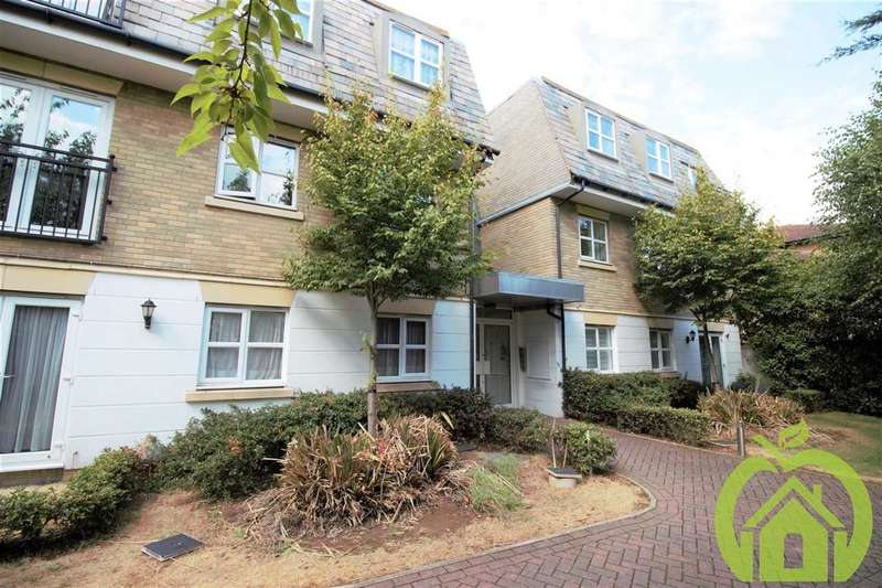 2 Bedrooms Apartment Flat for rent in Stone House, Suttons Lane, HORNCHURCH