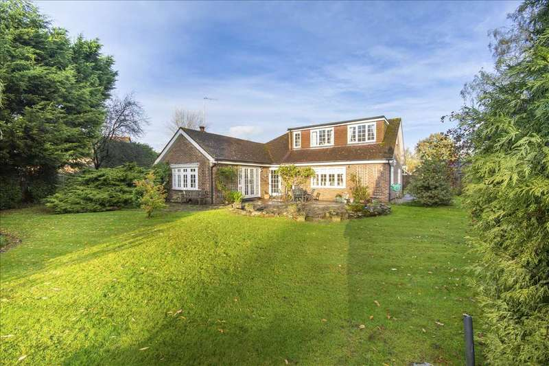 4 Bedrooms Detached House for sale in Mistletoe Cottage, Lambden Road, Pluckley