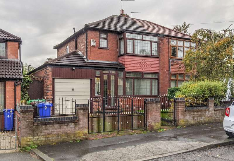 3 Bedrooms Semi Detached House for rent in Joyce Street, , , M40 5HB