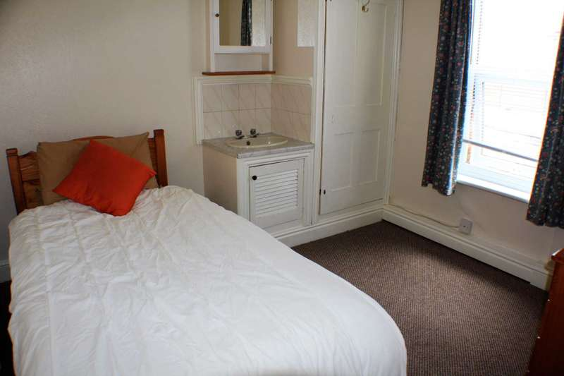 1 Bedroom House Share for rent in Middleton Road, Banbury