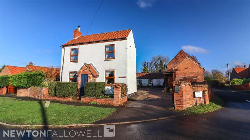 4 Bedrooms Farm House Character Property for sale in Town Street, Clayworth