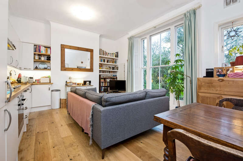 2 Bedrooms Apartment Flat for sale in Dulwich Road, Herne Hill