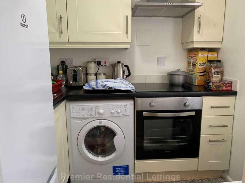 Apartment Flat for rent in Swinton Hall Road, Swinton