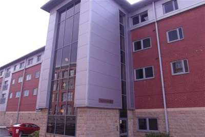 2 Bedrooms Flat for rent in Kayley House, New Hall Lane, Preston