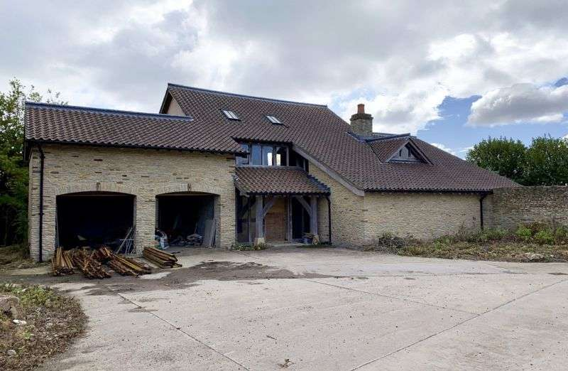 4 Bedrooms Property for sale in Hortham Lane, Gaunts Earthcott