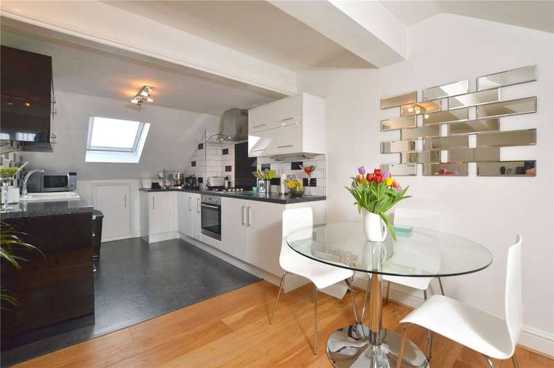 2 Bedrooms Maisonette Flat for rent in Station Approach, Wembley