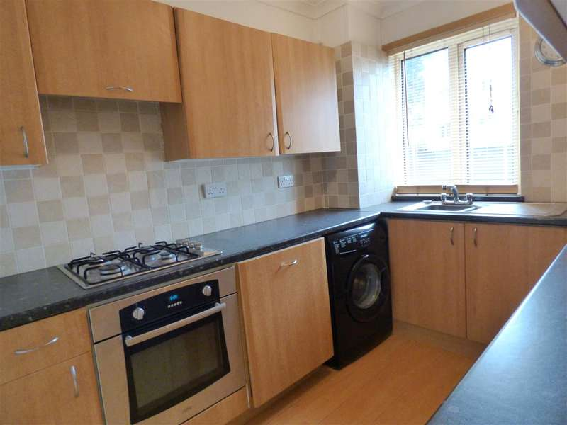 2 Bedrooms Apartment Flat for rent in Segrave Road, Plymouth