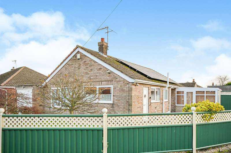 3 Bedrooms Detached Bungalow for sale in St. Marys Road, North Hykeham, Lincoln, Lincolnshire, LN6