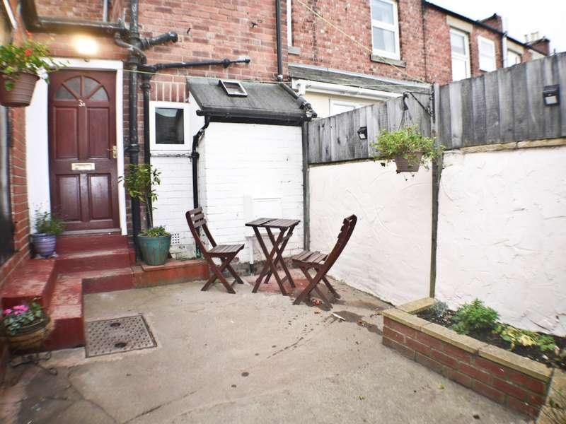 2 Bedrooms Apartment Flat for rent in Alexandra Terrace, Stocksfield, NE43