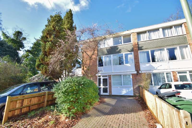 6 Bedrooms Terraced House for rent in Winchester