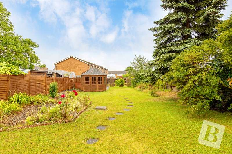 3 Bedrooms Detached Bungalow for sale in Chalk Road, Gravesend, Kent, DA12
