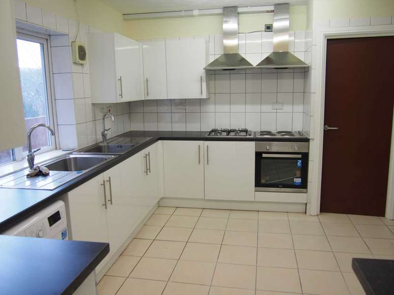 1 Bedroom House Share for rent in Priory Avenue, High Wycombe