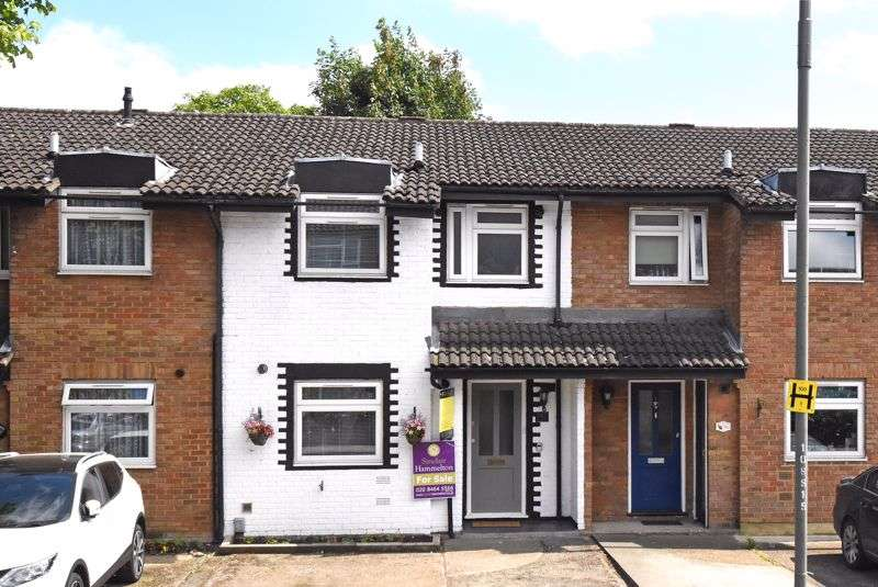 3 Bedrooms Property for rent in Southlands Road, Bromley