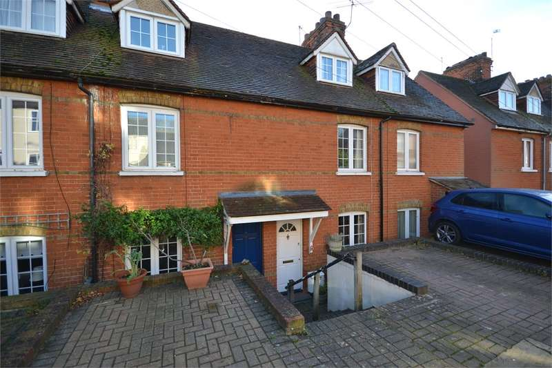 3 Bedrooms Terraced House for sale in Woodfields, Stansted Mountfitchet