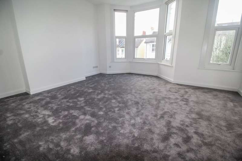 2 Bedrooms Flat for rent in Havelock Road, Brighton, BN1