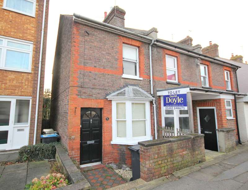 2 Bedrooms Cottage House for rent in St Johns Road, Boxmoor