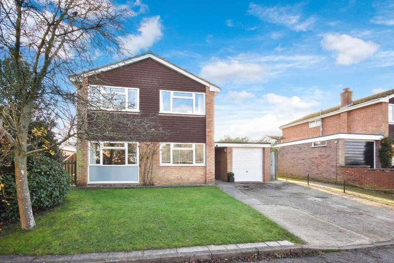 4 Bedrooms Detached House for sale in Oakley, Basingstoke, RG23