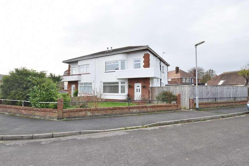 4 Bedrooms Semi Detached House for sale in Castleton Crescent, Skegness, PE25