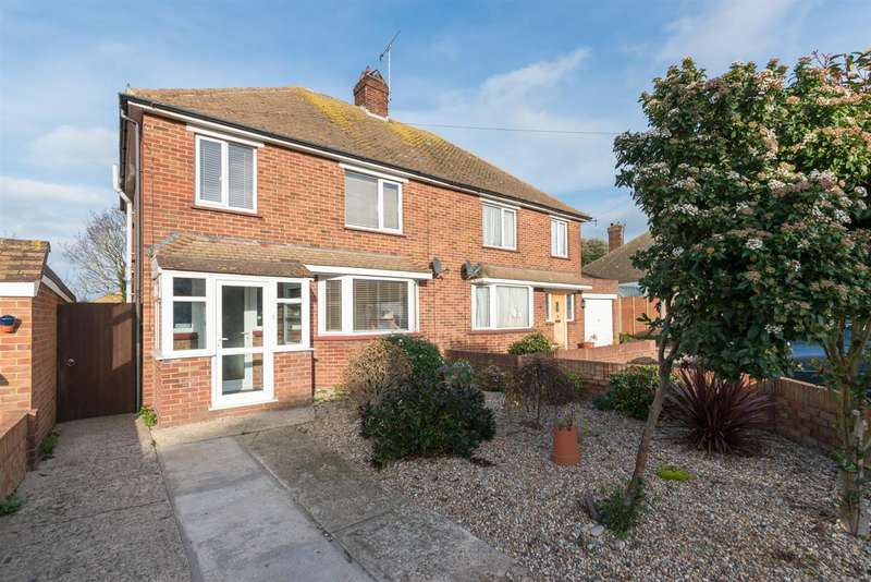 3 Bedrooms Semi Detached House for sale in Hockeredge Gardens, Westgate-On-Sea
