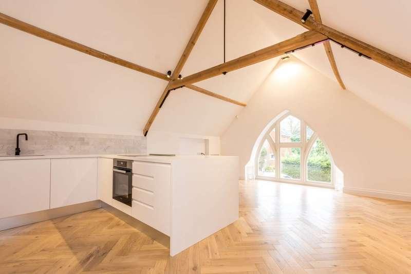 2 Bedrooms Maisonette Flat for rent in Down Road, Merrow, GU1