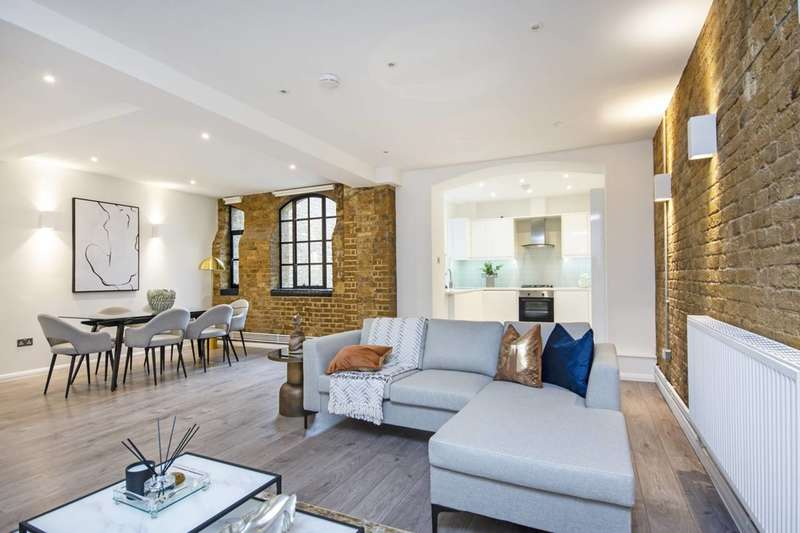 3 Bedrooms Flat for rent in Tyssen Street, Hackney, E8