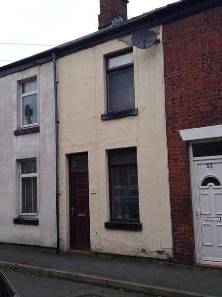 1 Bedroom Terraced House for sale in Queen Street, Leek, Staffordshire, ST13