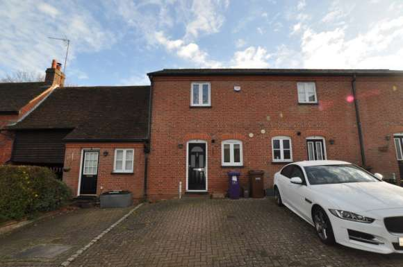2 Bedrooms Terraced House for rent in Waterlow Mews, Little Wymondley, SG4