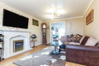 4 Bedrooms Detached House for sale in Pinewood Drive, Nelson, Lancashire, BB9