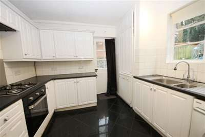 4 Bedrooms House for rent in Kingston Vale, SW15