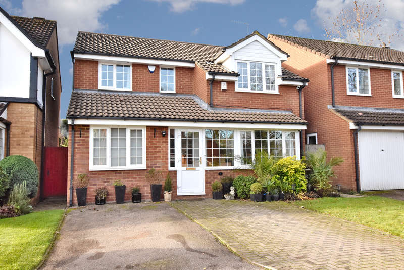 4 Bedrooms Detached House for sale in Lamb Close, Garston Watford