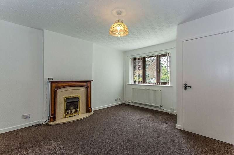 2 Bedrooms Semi Detached House for rent in Deborah Avenue, Fulwood, Preston, PR2