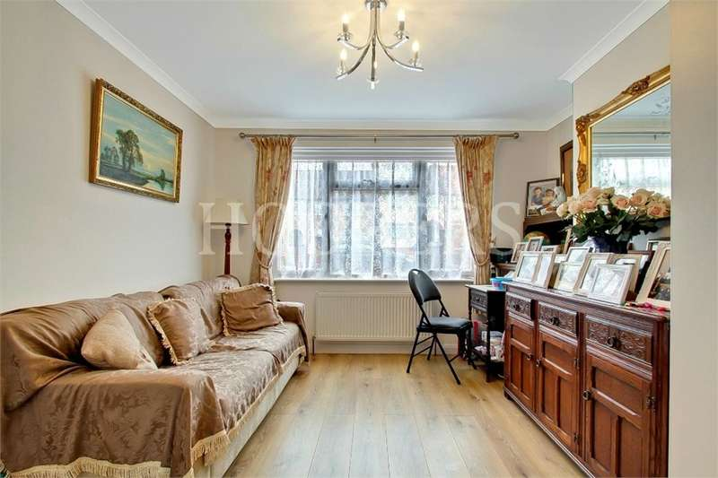 4 Bedrooms Terraced House for sale in Tadworth Road, London