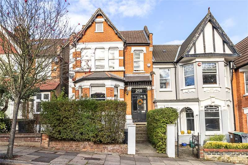 5 Bedrooms Terraced House for sale in Alexandra Park Road, London, N22